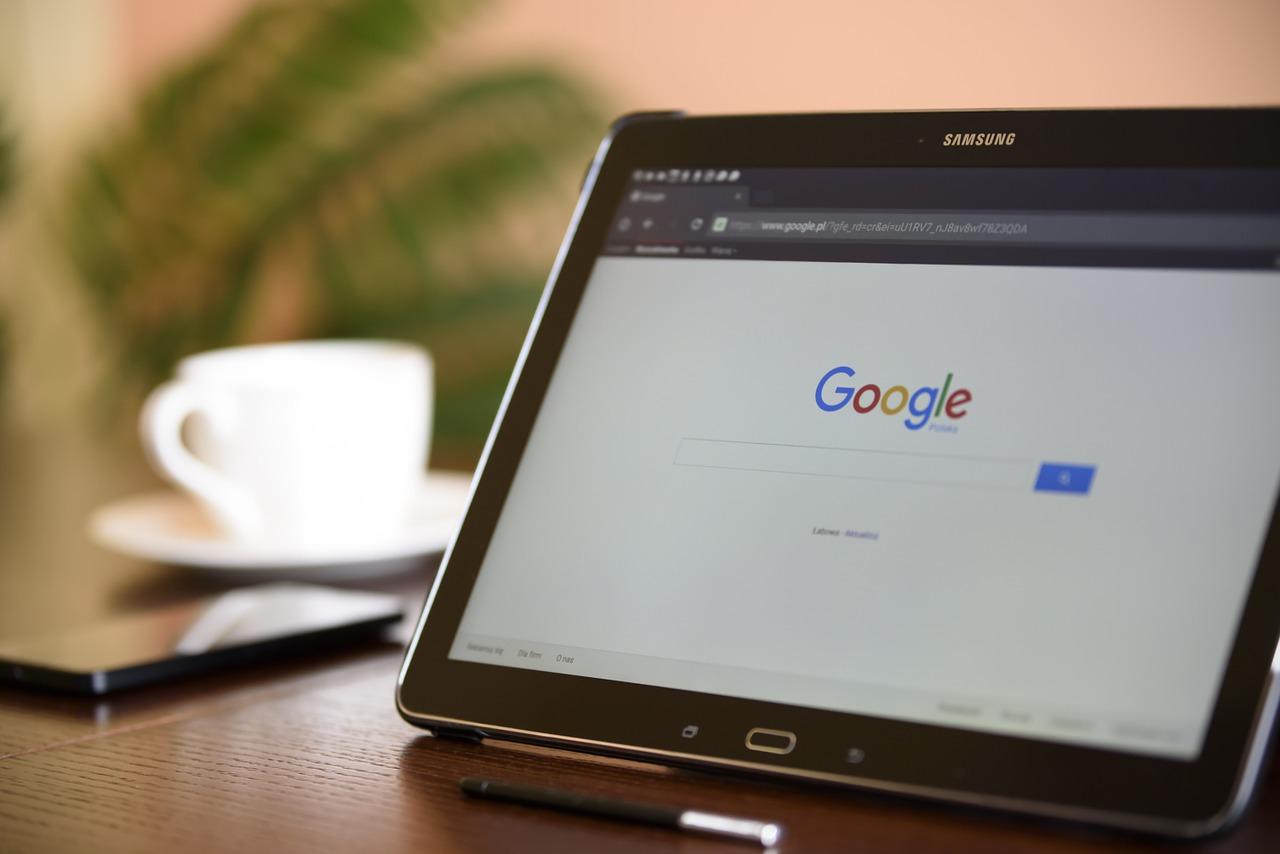 Jak usunąć konto Google z telefonu?